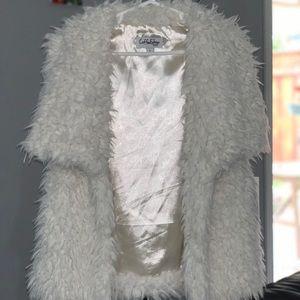 Shaggy Faux Fur Vest (Big Girls)